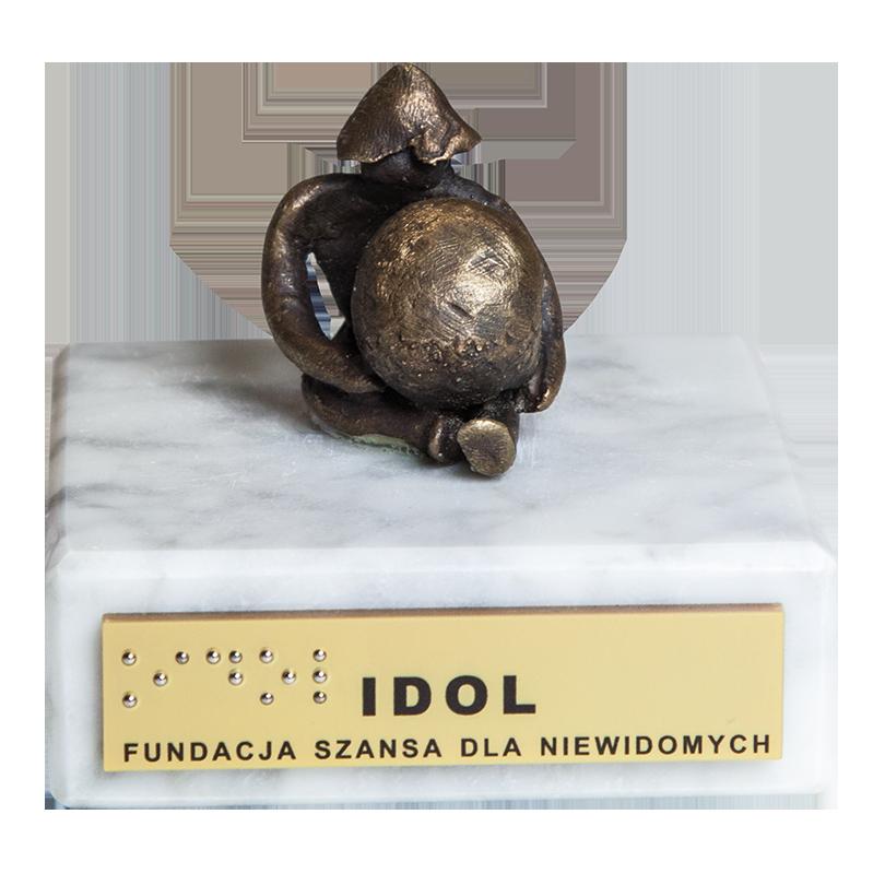 idol-810x810.png